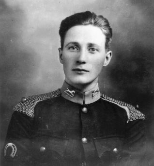 Sidney Horrobin in King's Own Hussars' uniform, c1922 | Contributed to Letter in the Attic by Tricia Leonard