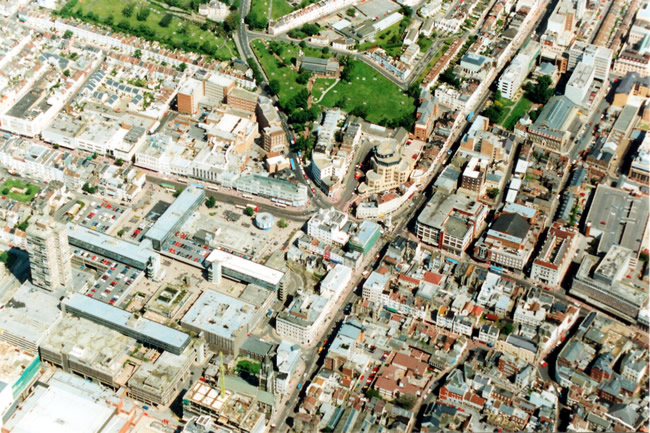 Aerial view of St Nicholas Church, 1991 | Picture contributed on 11-05-04 by Ian McKenzie, from private collection