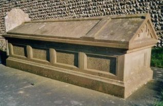 Photograph of the tomb of Nathaniel Kemp | Photo by Jennifer Drury