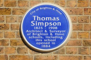 Blue plaque: click on image to open a large version in a new window | ©Tony Mould: images copyright protected