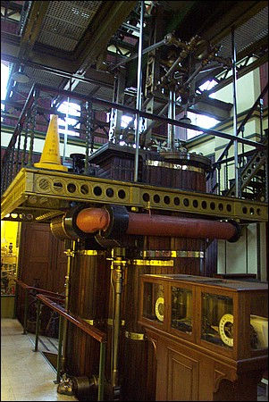 Images of the Engineerium in 2003, part 2