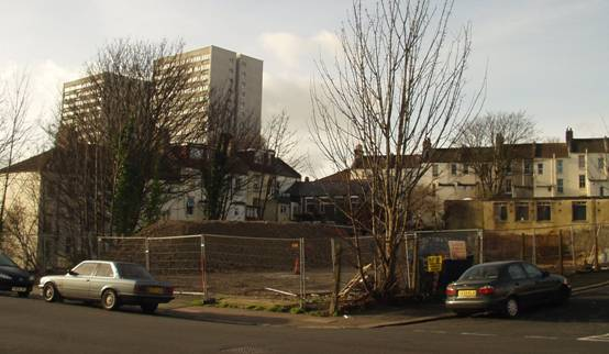 Toomeys site from Roedale Rd after demolition November 2006 | Photo: J.Whittam
