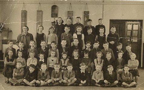 Class photo c1952