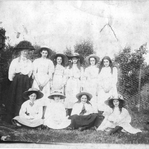 Stanford Road School c1910 - Victoria May Griffiths back row, RH end | Private Collection of Geoffrey Barber