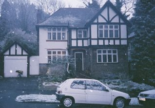 A typical Tudorbethan house in Valley Drive seen through the first snow in the winter of 2004-05 | Photo by David Fisher