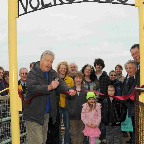 Nicholas Owen declares the season open | Photo by Tony Mould