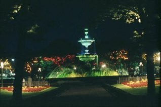The Victoria Fountain at night | Photograph and text supplied to website by Ray H., a local photographer, in November 2002