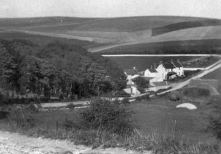 Woodingdean Farm photographed from Ovingdean c1920 - what is now the Falmer Road seen in the background | Kindly loaned by Mrs Edna Curtis of Woodingdean
