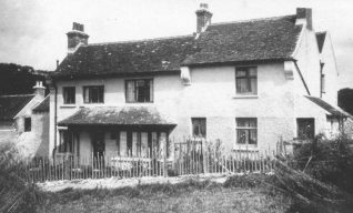 Woodingcote - the farmhouse of Woodingdean Farm c1920 | From the collection of Mrs Edna Curtis