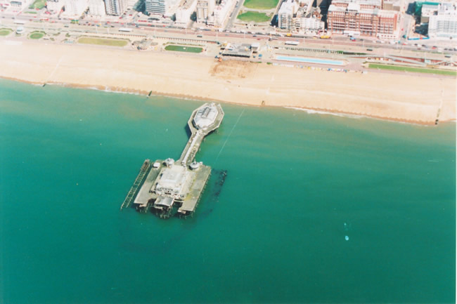 Aerial view of the West Pier, 1991 | Picture contributed on 11-05-04 by Ian McKenzie
