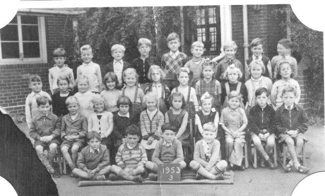 Class photograph 1953   From the private collection of Richard Groves