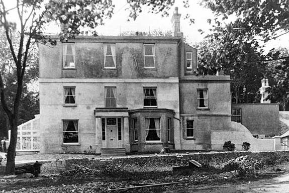 Woodingdean House - probably in early 50s | supplied by Jennifer Drury
