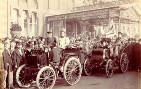 1895:first motor car in Brighton