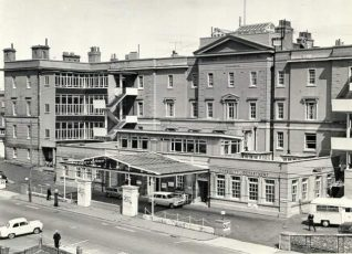 The Royal Sussex County Hospital, 1975 View of the Royal Sussex County Hospital. Photograph Copyright Evening Argus. | Image reproduced with kind permission from Brighton and Hove in Pictures by Brighton and Hove City Council