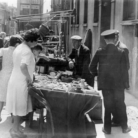 Street Market, c. 1940s: Street market situated in Upper Gardner Street. | Image reproduced with kind permission from Brighton and Hove in Pictures by Brighton and Hove City Council