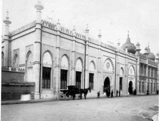 Brighton Museum and Library Facade, 1902: Church street facade showing old Museum, new Library and Museum entrance, Dome and Corn exchange entrance. Photographed by Donovan and Son within one week of opening 12 Nov. 1902. | Image reproduced with kind permission from Brighton and Hove in Pictures by Brighton and Hove City Council