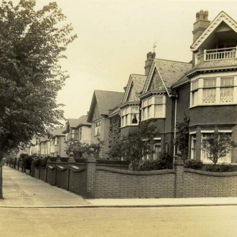 Houses on Dyke Road, c. 1930: These semi-detached and detached houses were built on Dyke Road north of The Upper Drive between 1900 and 1914. On the left is a horse-drawn delivery cart advertising home made bread