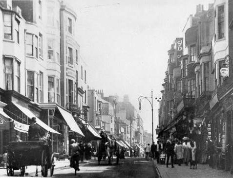 St. James' Street looking East, c. 1895 | Image reproduced with kind permission from Brighton and Hove in Pictures by Brighton and Hove City Council