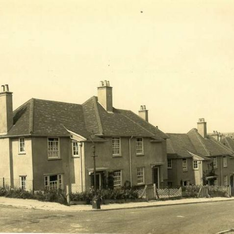 Council Houses in Moulsecoomb, 1920s: A row of semi-detached and detached houses in Moulsecoomb. South Moulsecoomb was the first large-scale estate in Brighton, built from 1920 to 1924 with large gardens and large open spaces. North Moulsecoomb was built from 1926-30 but with less surrounding space. East Moulsecoomb followed in 1935-36. | Image reproduced with kind permission from Brighton and Hove in Pictures by Brighton and Hove City Council